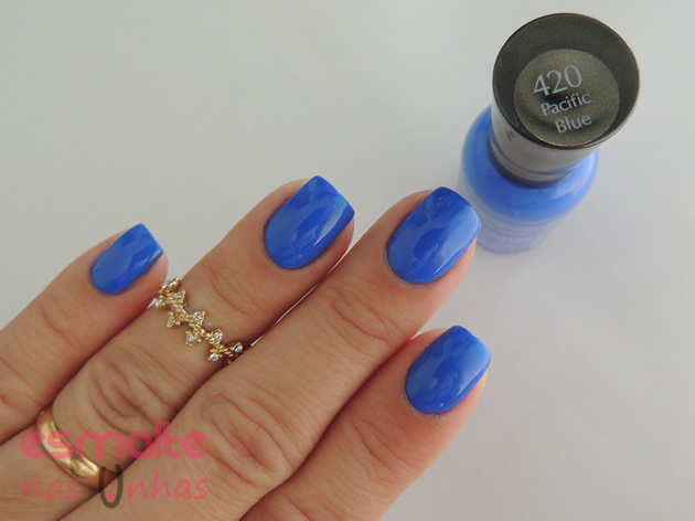 pacific_blue_sally_hansen_02