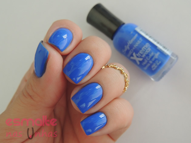 pacific_blue_sally_hansen_04