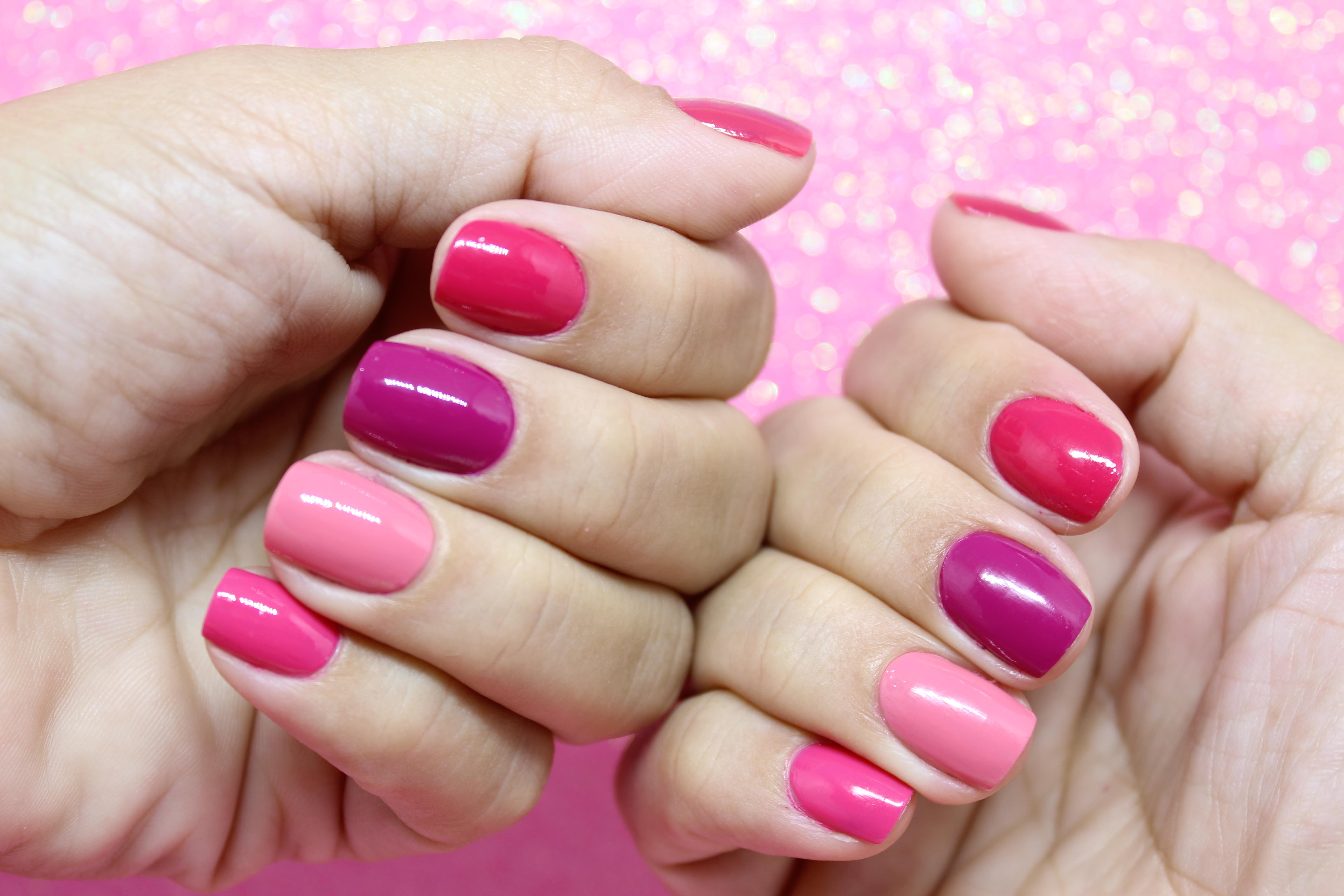 Unhas Multicoloridas com Ser Pink…